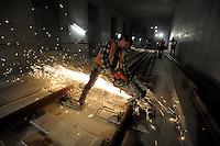 Begehung Citytunnel - Einstieg Haltestelle Bayrischer Bahnhof - Gleisbauarbeiten - Verlegung Langgleise - City-Tunnel Citytunnel DB AG Deutsche Bahn - im Bild: Blick in die Architektur der Haltestation Bayrischer Bahnhof.   Foto: Norman Rembarz..Jegliche kommerzielle Nutzung ist honorar- und mehrwertsteuerpflichtig! Persönlichkeitsrechte sind zu wahren. Es wird keine Haftung übernommen bei Verletzung von Rechten Dritter. Autoren-Nennung gem. §13 UrhGes. wird verlangt. Weitergabe an Dritte nur nach  vorheriger Absprache..