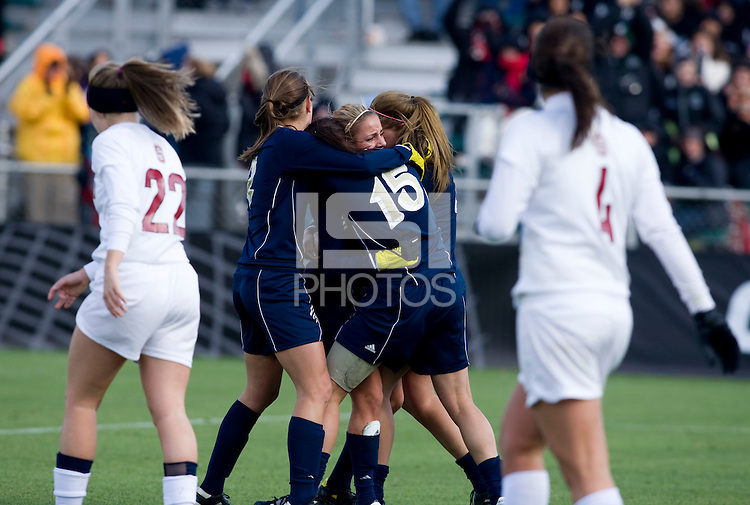 Adriana Leon (19) of Notre Dame celebrates her goal with teammates during the final of the NCAA Women's College Cup at WakeMed Soccer Park in Cary, NC.  Notre Dame defeated Stanford, 1-0.