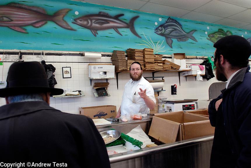 Zalmen Teitelbaum, Mehadron Fish Market inc, Borough Park, Brooklyn...©Andrew Testa