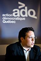 Quebec City, September 27, 2007. ADQ MNA for Marguerite-D'Youville Simon-Pierre Diamond explains the ADQ environmental platform at the Delta hotel in Quebec City, September 27, 2007.<br /> <br /> PHOTO :  Francis Vachon - Agence Quebec Presse