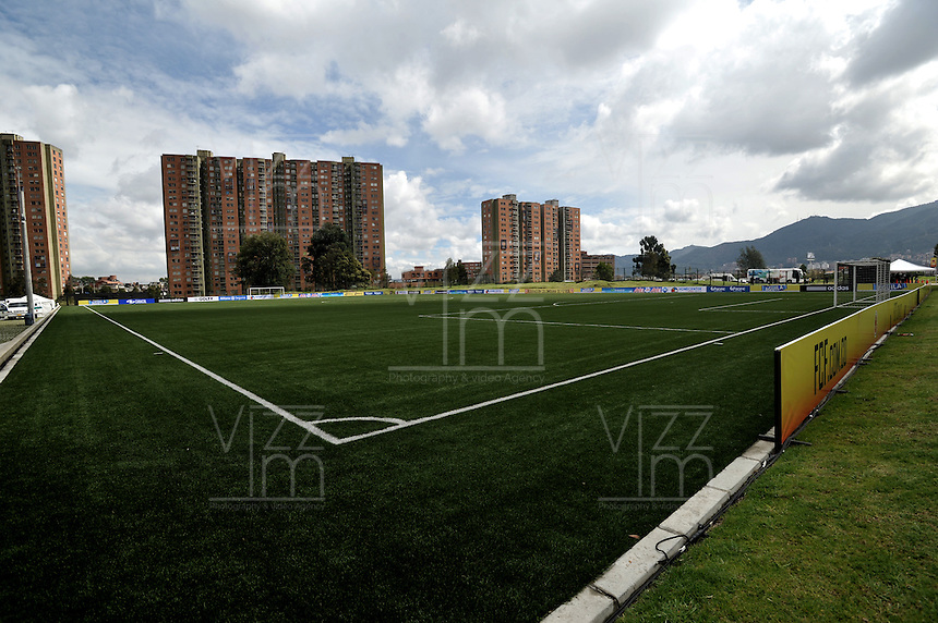 BOGOTA - COLOMBIA -06 -11-2013: La Federacion Colombiana de Futbol (FCF), inauguro su sede deportiva en la ciudad de Bogota. El complejo deportivo consta de hotel, sala de de juegos, sala de televisión, 6 salas de reuniones, 1 bloque administrativo y zonas comunes, oficinas, camerinos, restaurante, gimnasio, zona medica, lavandería, auditorio, sala de conferencias de prensa, campo de futbol sintetico, campo de futbol natural. / The Colombian Football Federation (FCF), inaugurated the Sports Headquarters in the city of Bogota. The sports complex consists of a hotel, game room, TV room, 6 meeting rooms, one administrative block and common areas, offices, dressing rooms, restaurant, gym, medical area, laundry facilities, auditorium, press conferences, field synthetic football, football field naturally. / Photo: VizzorImage / Luis Ramirez / Staff.