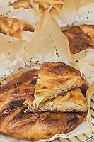 Europe/France/Bretagne/29/Finistère/ Douarnenez: les kouign amann de Mr Guezengar boulanger, patissier