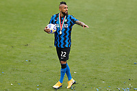 Arturo Vidal of FC Internazionale celebrates the victory of the italian championship at the end of the Serie A football match between FC Internazionale and Udinese Calcio at San Siro stadium in Milano (Italy), May 23th, 2021. Photo Francesco Scaccianoce / Insidefoto
