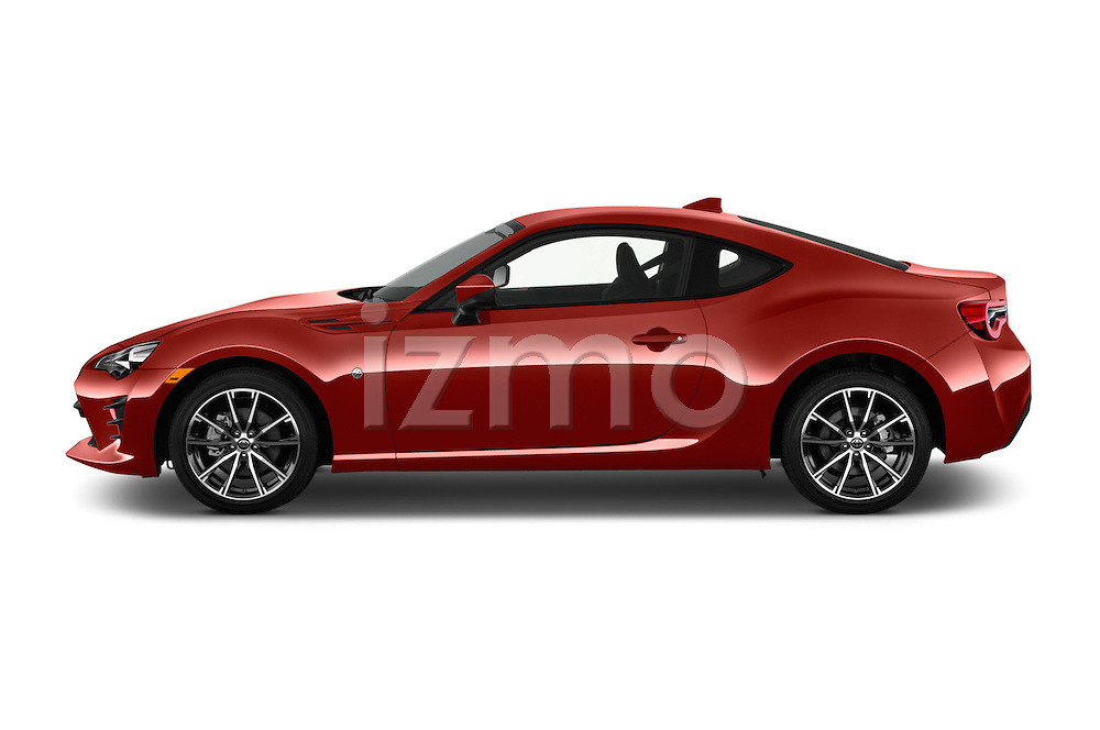 Car Driver side profile view of a 2018 Toyota 86 Automatic 2 Door Coupe Side View