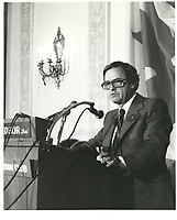 Le Liberal Louis Desmarais<br />  a la tribune du Cercle canadien de Montreal, <br /> le 8 mai 1978.<br /> <br /> <br /> PHOTO : JJ Raudsepp  - Agence Quebec presse<br /> <br /> <br /> <br /> Le Liberal Louis Desmarais<br />  a la tribune du Cercle canadien de Montreal, <br /> le 8 mai 1978 au Windsor<br /> <br /> <br /> PHOTO : JJ Raudsepp  - Agence Quebec presse