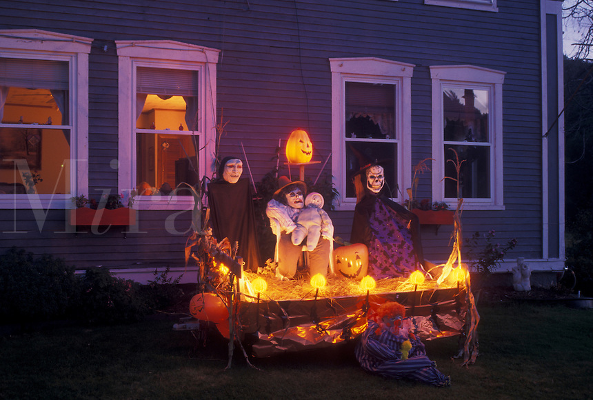 AJ4541, Halloween, decoration, season, Vermont, A spooky Halloween decoration is displayed in front of a house in the evening in the town of Marshfield in Washington County in the state of Vermont.