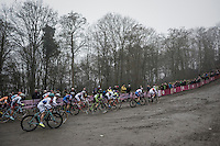 start of the women's race<br /> <br /> UCI Cyclocross World Cup Namur/Belgium 2016