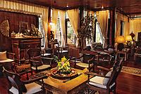 Thaïlande/Bangkok: Détail de la décoration du salon de la maison de Mr Sun, antiquaire import/export