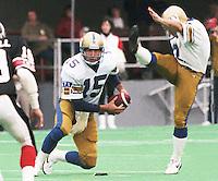 Jim Zorn Winnipeg Blue Bombers quarterback 1986. Copyright photograph Scott Grant