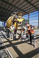 Laying a reingforced concrete floor in a new 6,00t box potato store - South Lincolsnhire, July