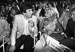GIGI PROIETTI CON MARIA GIOVANNA ELMI - PREMIO CHIANCIANO 1981
