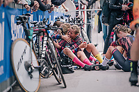 emotional comforting by Team Canyon-Sram riders after finishing and realising the fastest time so far<br /> <br /> UCI WOMEN'S TEAM TIME TRIAL<br /> Ötztal to Innsbruck: 54.5 km<br /> <br /> UCI 2018 Road World Championships<br /> Innsbruck - Tirol / Austria