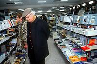 Libreria.Library...