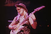 JENNIFER BATTEN, LIVE, 1994, NEIL ZLOZOWER