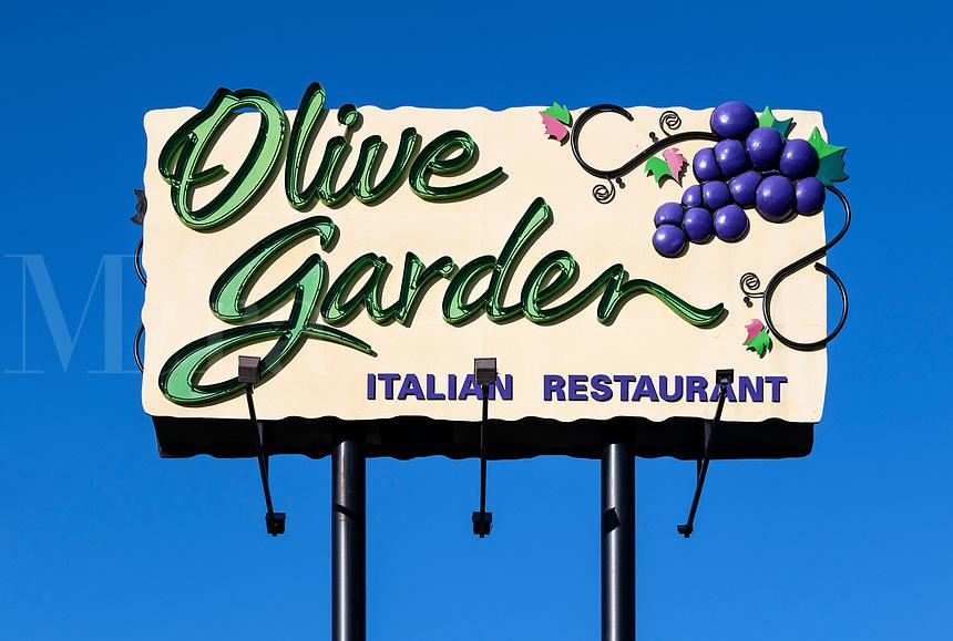 Olive Garden restaurant sign, Kissimmee, Florida, USA.