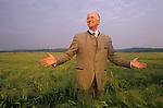 Count Adolf-Heinrich Graf von Arnim / Adolf-Heinrich Count von Arnim-Boitzenburg. 1990 returns to the family estate and Boitzenburg castle for the first time, to claim back his inheritance from East Germany government.