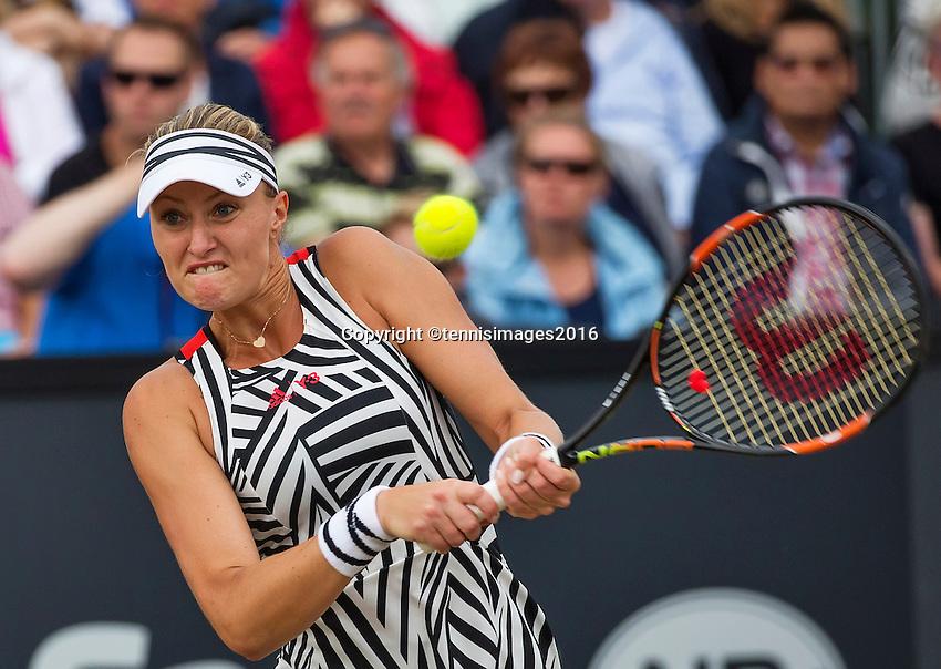 Den Bosch, Netherlands, 10 June, 2016, Tennis, Ricoh Open, Kristina Mladenovic (FRA)<br /> Photo: Henk Koster/tennisimages.com