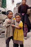 Kind  in AlchiIndien, Ladakh (Jammu+Kashmir), Indien