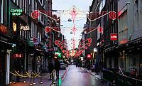 Nederland  Amsterdam - 12-01- 2021.   Feestverlichting bij het Leidseplein.   Foto : ANP/ HH / Berlinda van Dam