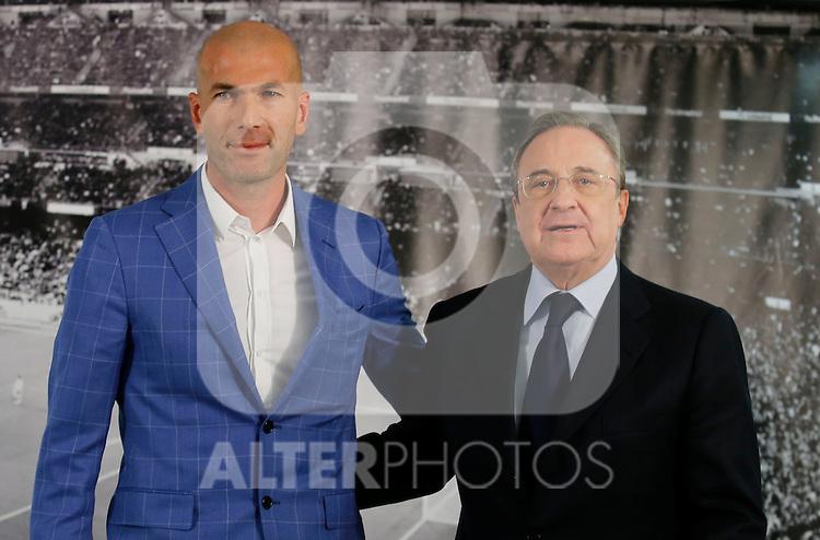 Zinedine Zidane (L) and Real Madrid´s President Florentino Perez during his presentation as Real Madrid´s new coach at Santiago Bernebeu stadium Madrid, Spain. January 04, 2016. (ALTERPHOTOS/B. Echavarri)