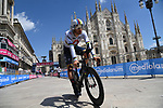 World Champion Filippo Ganna (ITA) Ineos Grenadiers crosses the finish line in Piazza Duomo to win Stage 21 of the 2021 Giro d'Italia, an individual time trial running 30.3km from Senago to Milan, Italy. 30th May 2021.  <br /> Picture: LaPresse/Gian Mattia D'Alberto   Cyclefile<br /> <br /> All photos usage must carry mandatory copyright credit (© Cyclefile   LaPresse/Gian Mattia D'Alberto)
