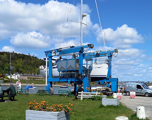 Launching a yacht by travel hoist in Crosshaven for the 2021 sailing season