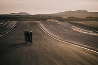 TTT training at dawn at the Circuito de Almeria Fans with the mighty Sierra Nevada as a backdrop<br /> <br /> Michelton-Scott training camp in Almeria, Spain<br /> february 2018