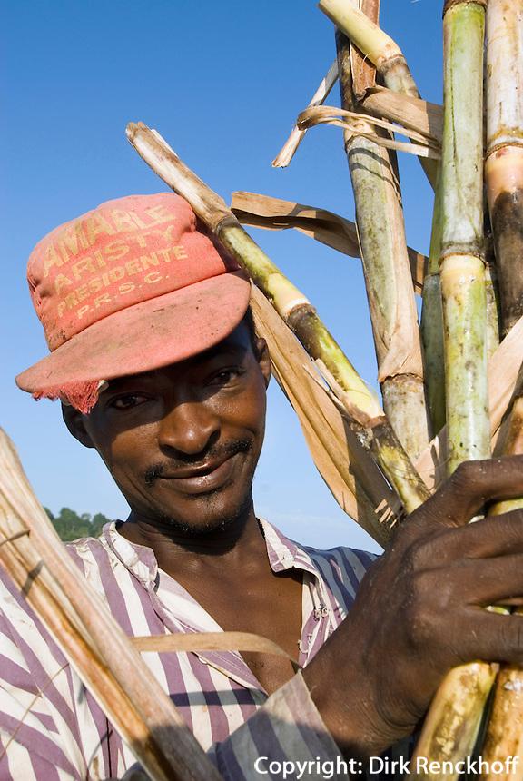 Zuckerrohrernte bei San Rafael del Yuma durch haitianische Gastarbeiter, Dominikanische Republik