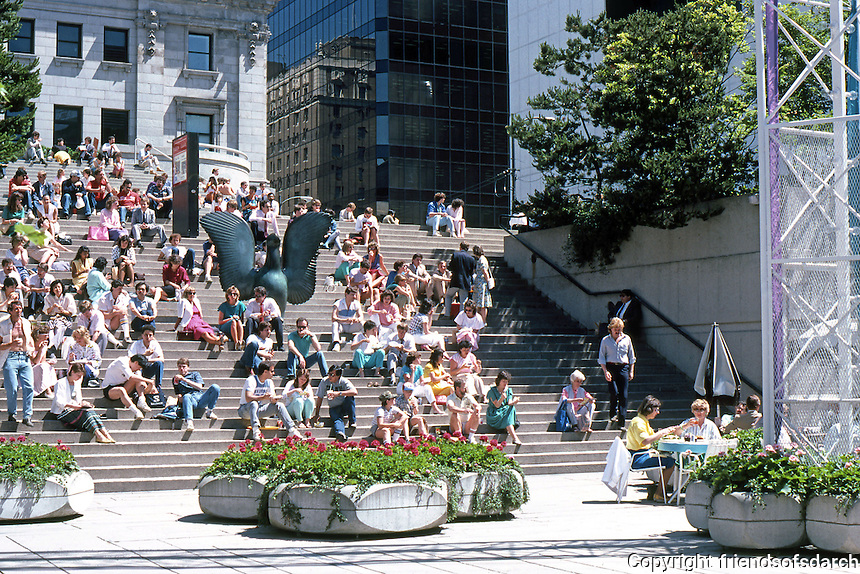 Vancouver: Law Courts--Robson Square. Looking north from sunken plaza to lunching warriors on steps.  Photo '86.