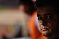 SÃO PAULO, SP, 21 DE AGOSTO DE 2012 - COPA SULAMERICANA - SÃO PAULO x BAHIA: Ney Franco durante partida São Paulo x Bahia, válida pela primeira fase da Copa Sulamericana no Estádio do Morumbi. FOTO: LEVI BIANCO - BRAZIL PHOTO PRESS