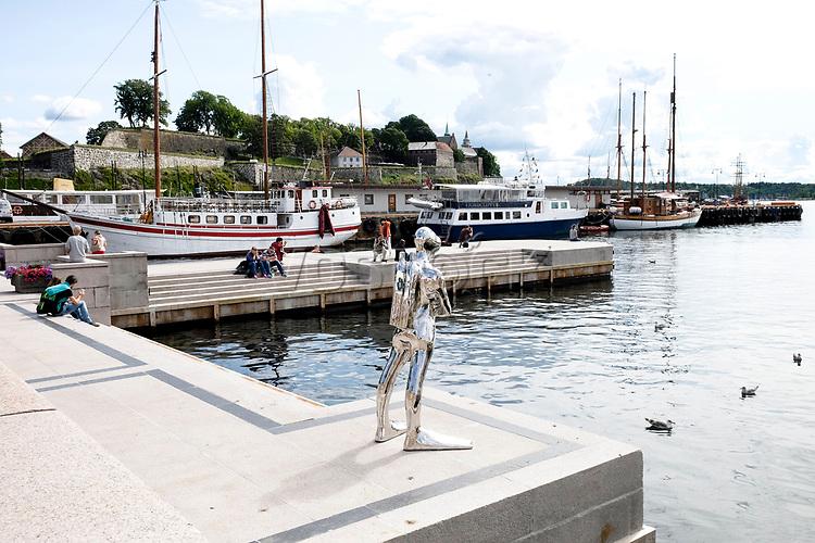 Hafen, 08/2014<br /> <br /> Engl.: Europe, Scandinavia, Norway, Oslo, harbor, water, August 2014