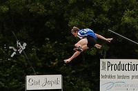 FIERLJEPPEN: WINSUM: 08-08-2020, 1e Klasse Fierljeppen, Wytse Steensma, ©foto Martin de Jong