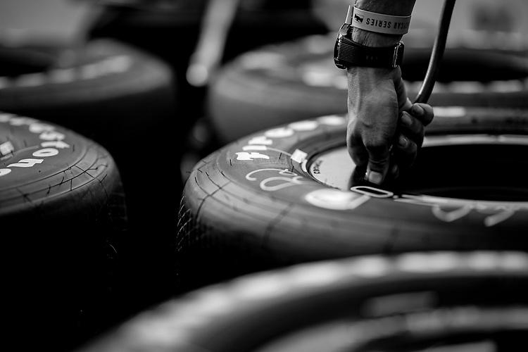 #60: Jack Harvey, Meyer Shank Racing Honda crew member, Firestone tires