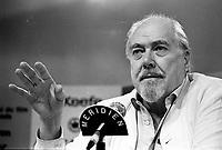Le Festival des Films du Monde 1987<br /> <br /> <br /> <br /> <br /> Augsut 31 1987 File Photo - Montreal (Qc) Canada - Filmmaker Robert Altman at Montreal World Film Festival.