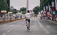 Alberto Contador (ESP/Trek-Segafredo) greeting the fans on the Champs-Elysées after finishing the 104th Tour de France 2017<br /> <br /> Stage 21 - Montgeron › Paris (105km)