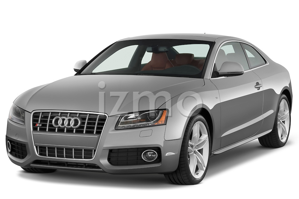 Front three quarter view of a 2007 - 2011 Audi S5 Coupe.