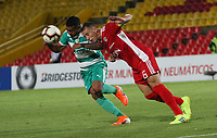 BOGOTÁ - COLOMBIA, 16-07-2019:Jesus Gonzalez (Izq.) jugador de La Equidad de Colombia disputa el balón con Mariano Brau(Der.) jugador del Royal Pari de Bolivia durante partido por los octavos de fnal de La  Copa Sudamericana 2019 jugado en el estadio Nemesio Camacho El Campín de la ciudad de Bogotá. /Jesus Gonzalez(Left) Player of La Equidad of  Colombia disputes the ball with Mariano Brau (Right) player of the Royal Pari of Bolivia during match for the round before the quarterfinals  of the Copa Sudamericana 2019 played in the Nemesio Camacho El Campín Stadium the city of Bogotá. Photo: VizzorImage / Felipe Caicedo / Staff.