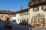 Germany, Upper Bavaria, Werdenfelser Land, Mittenwald: centre, facade painting |  Deutschland, Bayern, Oberbayern, Werdenfelser Land, Markt Mittenwald: Ortszentrum, Lueftlmalerei