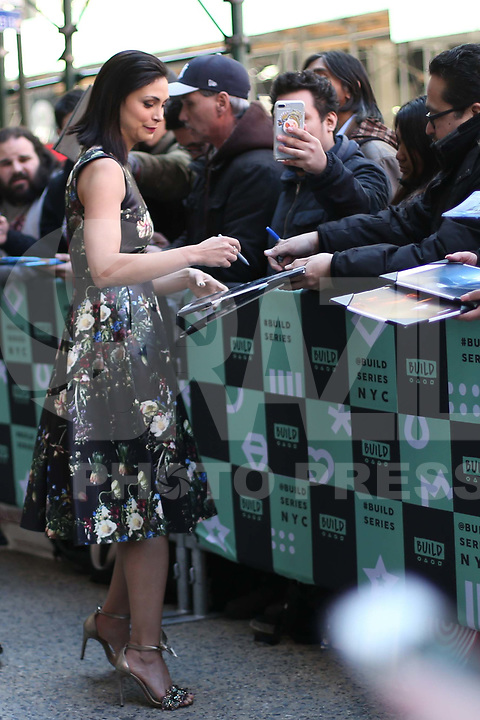 NOVA YORK, EUA, 27.02.2017 - CELEBRIDADES-EUA - A atriz brasileira Morena Baccarin é vista na Ilha de Manhattan na cidade de New York nos Estados Unidos nesta terça-feira, 27.(Foto: Vanessa Carvalho/Brazil Photo Press)