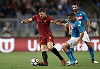 Calcio, Serie A: Roma, stadio Olimpico, 14 ottobre 2017.<br /> Roma's Edin Dzeko (l) in action with Napoli's Marques Allan (r) during the Italian Serie A football match between Roma and Napoli at Rome's Olympic stadium, October14, 2017.<br /> UPDATE IMAGES PRESS/Isabella Bonotto