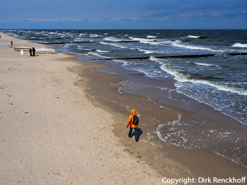 Strand von Koserow auf der Insel Usedom, Mecklenburg-Vorpommern, Deutschland, Europa<br /> Beach of Koserow, Isle of Usedom, Mecklenburg-Hither Pomerania, Germany, Europe