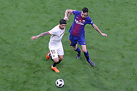 Sevilla FC's Ever Banega (l) and FC Barcelona's Sergio Busquets during Spanish King's Cup Final match. April 21,2018. (ALTERPHOTOS/Acero)