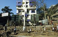 INDIA Mumbai, office of Reliance energy, the private power supplier of Mumbai, grid construction / INDIEN Mumbai, Buero des privaten Stromversorger Reliance Energy, Leitungsbau
