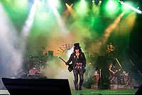 WEST PALM BEACH, FL - OCTOBER 10: Alice Cooper performs at The iTHINK Financial Amphitheatre on October 10, 2021 in West Palm Beach Florida. <br /> CAP/MPI140<br /> ©MPI140/Capital Pictures