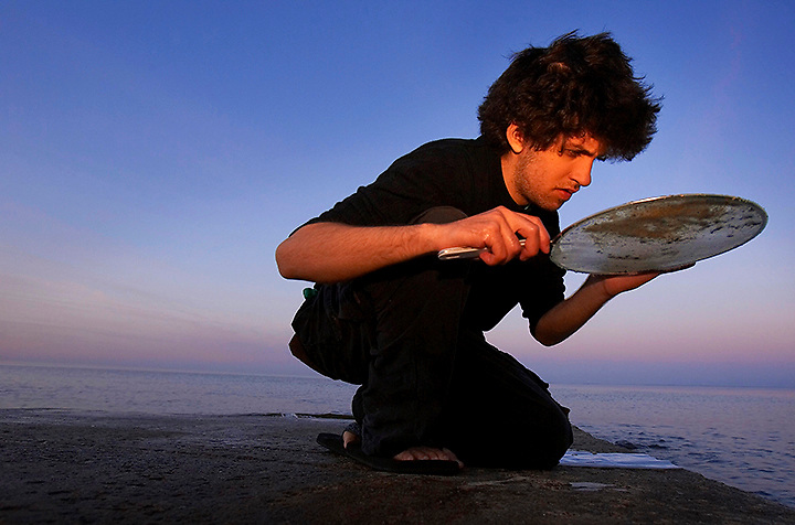 """Professor David  Sunderlin took his """"Geology 320"""" class to the Chesapeake Bay area April 2- -April 22 2007 to look for Fossil Shells, Fossils Bone and Fossil Sharks teeth. The Paleobiology Field Trip gave the students a first hand chance to college items over 10 Million years old along the Calvert Cliff area of the Chesapeake, a famous location for collectors...Road Trip.Outdoor Class room.excersion.Field trip.4109"""
