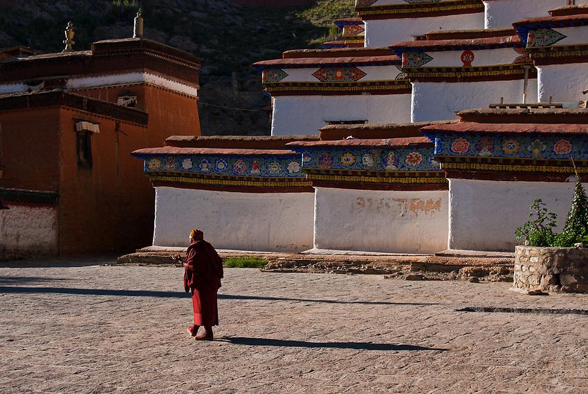 Monasteries and Buddhist Monks in Tibet