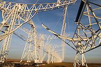 """- CNR (Consiglio Nazionale delle Ricerche) radiotelescopio """"Croce del Nord"""" a Medicina (Bologna), antenna di transito; il telescopio fa parte del progetto internazionale SETI (Ricerca di Intelligenza Extraterrestre)<br /> <br /> - CNR (National Research Council), radio telescope """" Cross of the North """" at Medicina ( Bologna, Italy ), transit antenna; the telescope is part of the international project SETI (Search for Extraterrestrial Intelligence)"""