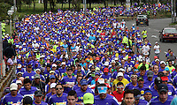 BOGOTA - COLOMBIA - 26-07-2015: El Keniata Stanley Biwott se impuso en la media maraton de bogota con la participacion de mas de 40.000 atletas. / The Kenyan Stanley Biwott won the Bogota Half Marathon with the participation of over 40,000 athletes. Photo: VizzorImage / Felipe Caicedo / Staff.