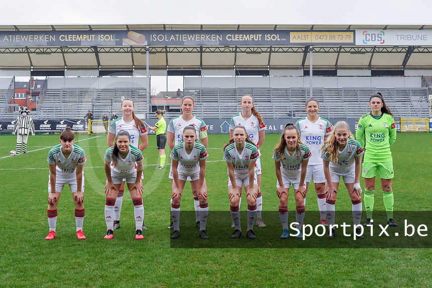 team picture OHL ( Hannah Eurlings (9) of OHL , Lenie Onzia (8) of OHL , Sari Kees (2) of OHL , Sara Yuceil (13) of OHL , Goalkeeper Louise Van Den Bergh (1) of OHL and <br /> Zenia Mertens (6) of OHL , Luna Vanzeir (10) of OHL , Jill Janssens (7) of OHL , Estee Cattoor (11) of OHL , Marith Debondt (31) of OHL , Tess Lameir (18) of OHL ) pictured before a female soccer game between Eendracht Aalst and OHL on the 13 th matchday of the 2020 - 2021 season of Belgian Scooore Womens Super League , Saturday 6 th of February 2021  in Aalst , Belgium . PHOTO SPORTPIX.BE | SPP | STIJN AUDOOREN