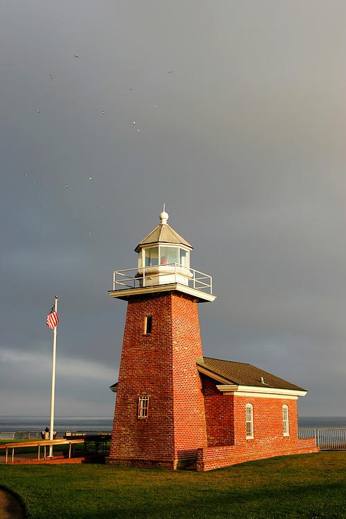 October 29, 2007; Santa Cruz, CA, USA; The lighthouse and Santa Cruz Surfing Museum at Lighthouse Field State Beach in Santa Cruz, CA. Photo by: Phillip Carter
